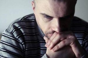 Los hombres; los más propensos al suicidio