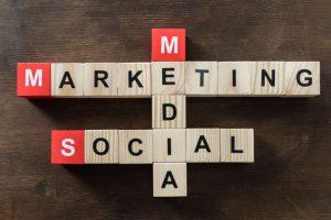 Hacer marketing; también aplica para las pequeñas empresas