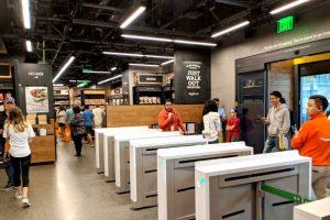 Pagos automáticos y tiendas sin cajas, la promesa de Amazon